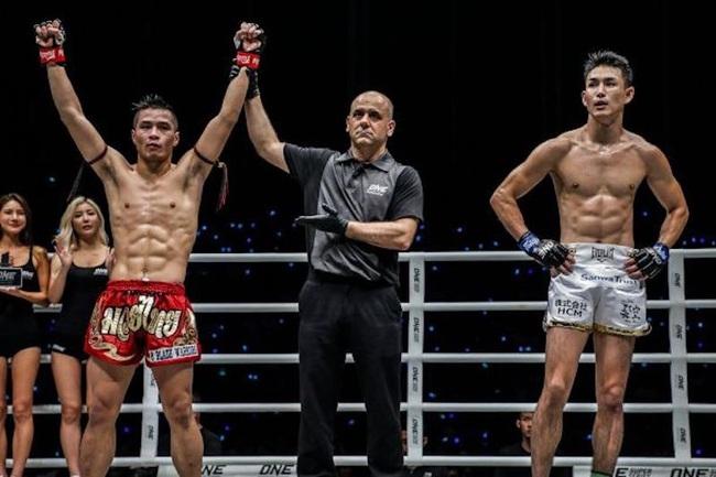Võ sĩ gốc Việt Chris Nguyễn: Bước lên võ đài vì bị… bạn học bắt nạt - Ảnh 1.