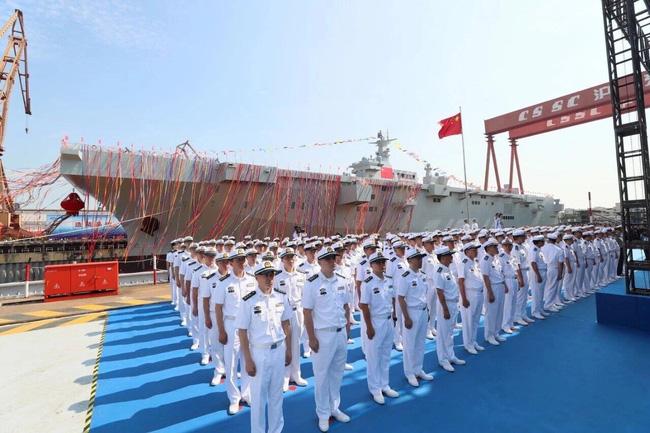 Tàu đổ bộ trực thăng tấn công đầu tiên của Trung Quốc nguy hiểm cỡ nào? - Ảnh 10.
