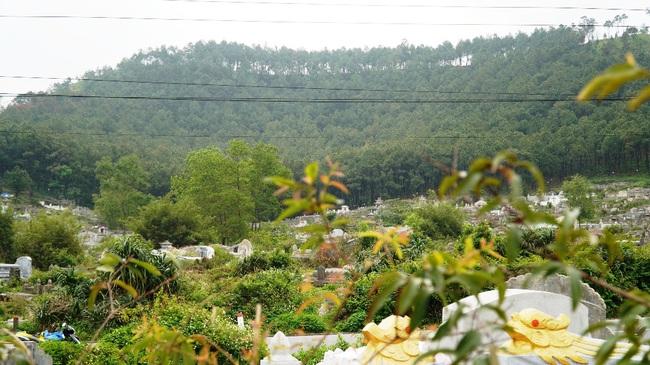 Huế giải tỏa khu nghĩa địa lớn xây công viên: Kinh phí nghìn tỷ, dời 100.000 ngôi mộ  - Ảnh 1.