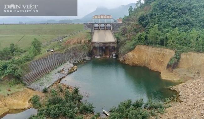 Sau lũ lịch sử, hồ đập Quảng Bình xuống cấp trầm trọng - Ảnh 1.