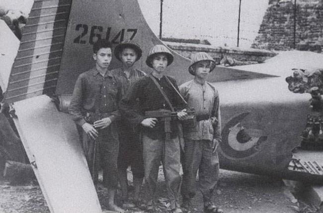 """""""Sát thần đánh Mỹ"""" được Việt Nam cải tiến từ tiểu liên của Pháp - Ảnh 20."""
