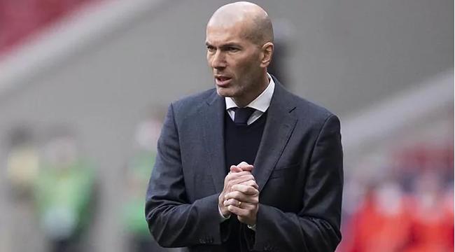 Zidane miễn bình luận trọng tài.