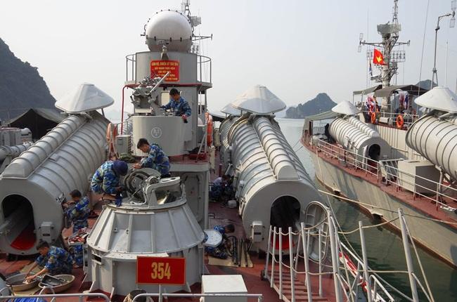 Khả năng tấn công chớp nhoáng của tàu chiến tốc độ cao bậc nhất Việt Nam - Ảnh 1.