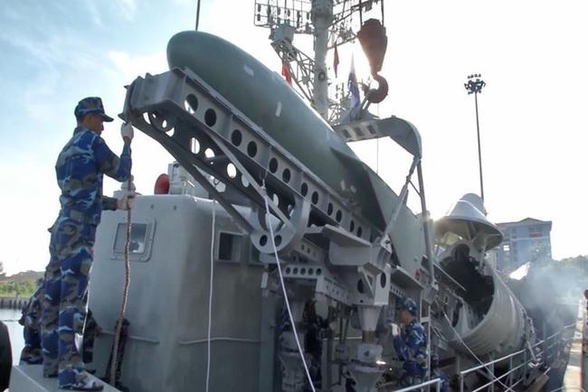 Khả năng tấn công chớp nhoáng của tàu chiến tốc độ cao bậc nhất Việt Nam - Ảnh 8.