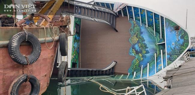 Xót lòng nhìn du thuyền triệu đô ngâm dưới nước biển - Ảnh 5.