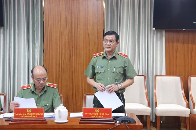 Thứ trưởng Bộ Công an Lê Quốc Hùng: Xử lý nghiêm chặn cao tốc đua xe trái phép - Ảnh 1.
