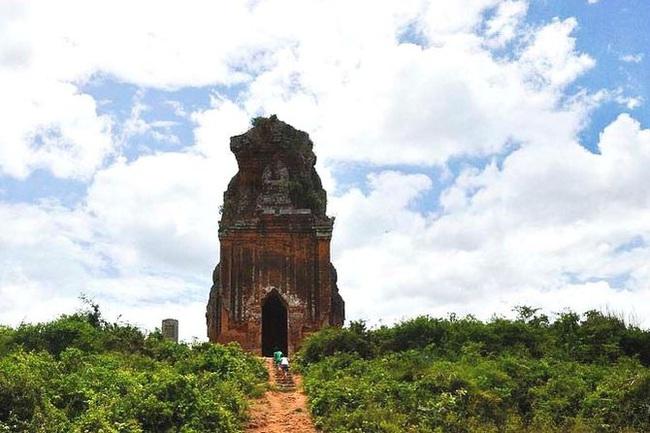 Bí ẩn 14 ngôi tháp cổ Việt Nam: Dấu vết một nền văn minh huy hoàng - Ảnh 5.