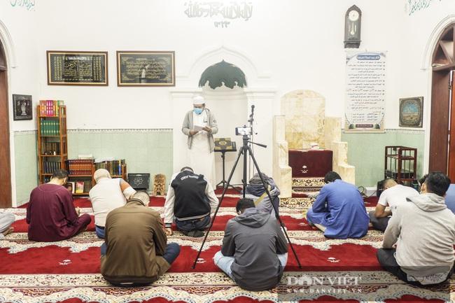 """Những điều """"huyền bí"""" bên trong thánh đường Hồi giáo duy nhất ở miền Bắc - Ảnh 15."""