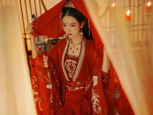 Bi kịch từ chuyện trinh tiết của phụ nữ Trung Quốc cổ đại - Ảnh 1.