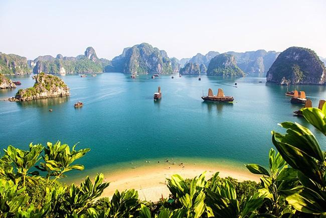 Du lịch 2021: Lonely Planet đăng nổi bật hình ảnh 10 điểm đến hấp dẫn nhất của Việt Nam - Ảnh 2.