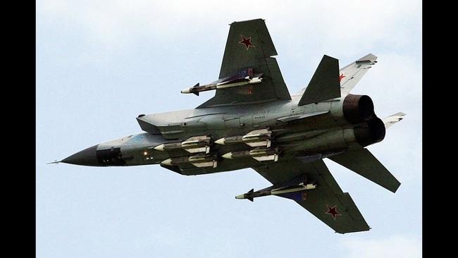 """Mệnh danh """"Vua Tốc Độ"""", chiến đấu cơ MiG-25 Liên Xô nhanh đến mức nào? - Ảnh 5."""