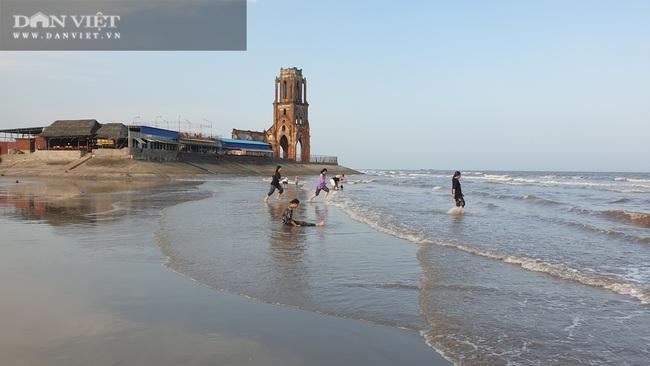 Nam Định: Vùng đất này nhà tầng mọc san sát, xưa chỉ là một làng chài nghèo, lại có thêm nhà thờ đổ.   - Ảnh 7.