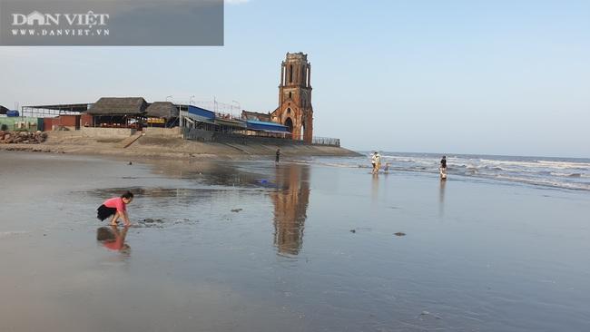 Nam Định: Vùng đất này nhà tầng mọc san sát, xưa chỉ là một làng chài nghèo, lại có thêm nhà thờ đổ.   - Ảnh 2.
