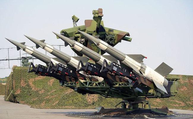 """""""Nỏ thần"""" S-125 của Việt Nam vẫn chạy tốt khiến Trung Quốc kinh ngạc - Ảnh 9."""