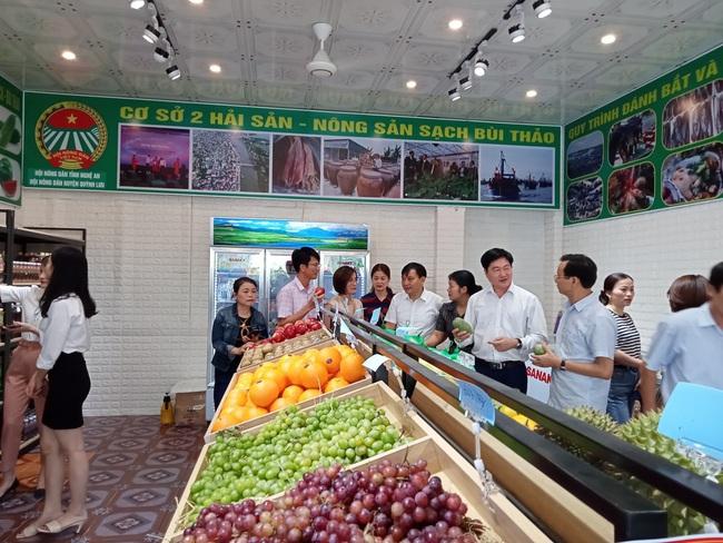 Hội Nông dân tỉnh Nghệ An: Triển khai cửa hàng kinh doanh nông sản thực phẩm an toàn   - Ảnh 2.