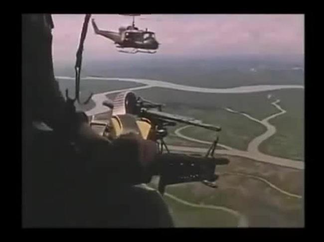 """Điểm """"cận kề cái chết"""" trên trực thăng UH-1 của Mỹ khi tham chiến ở Việt Nam - Ảnh 10."""