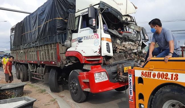 Bình Thuận: Truy tìm xe container gây tai nạn chết người rồi bỏ chạy - Ảnh 1.