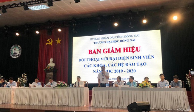 """Nhiều """"lùm xùm"""" tại ĐH Đồng Nai khiến hiệu trưởng bị cách hết chức vụ trong Đảng - Ảnh 4."""