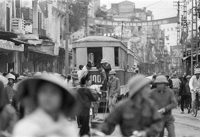 Ảnh để đời những chuyến tàu điện ở Hà Nội năm 1973 - Ảnh 5.
