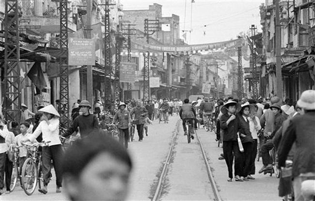 Ảnh để đời những chuyến tàu điện ở Hà Nội năm 1973 - Ảnh 7.