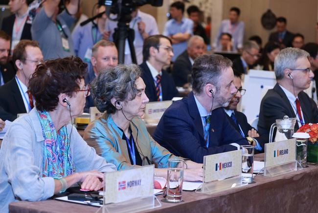 Chủ tịch Nước Nguyễn Xuân Phúc chủ trì phiên thảo luận mở cấp cao HĐBA LHQ - Ảnh 3.