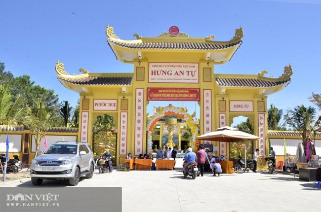 Bình Thuận lên tiếng về việc vợ chồng ông Dũng 'lò vôi' đòi trả lại giấy khen - Ảnh 2.