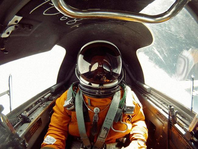 Ở độ cao 24.000 mét, phi công máy bay U-2 của Mỹ nguy hiểm thế nào? - Ảnh 2.