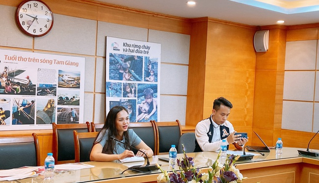 Báo NTNN/Điện tử Dân Việt: Trao giấy khen cho các cộng tác viên thiện nguyện có thành tích nổi bật - Ảnh 2.