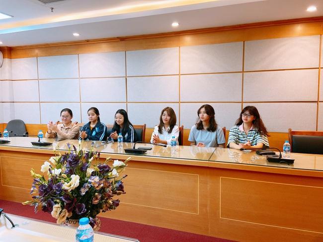 Báo NTNN/Điện tử Dân Việt: Trao giấy khen cho các cộng tác viên thiện nguyện có thành tích nổi bật - Ảnh 9.