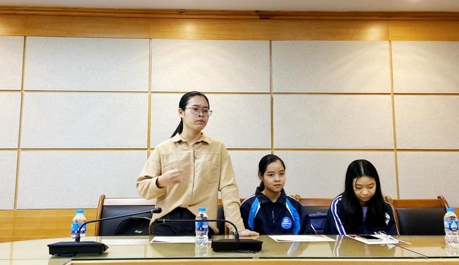 Báo NTNN/Điện tử Dân Việt: Trao giấy khen cho các cộng tác viên thiện nguyện có thành tích nổi bật - Ảnh 3.
