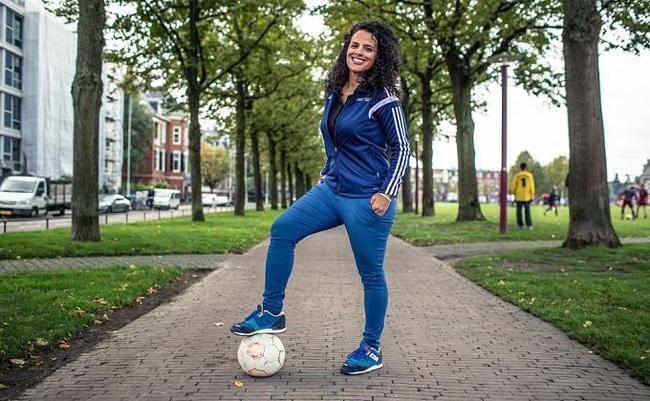 Nữ đội trưởng xinh đẹp, quyền lực nhất bóng đá Palestine - Ảnh 8.