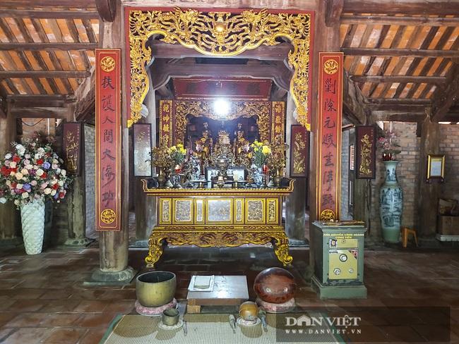 Nghệ An: Ngỡ ngàng trước vẻ đẹp của ngôi chùa cổ 800 năm tuổi nằm trên một hòn đảo ở Cửa Lò - Ảnh 6.