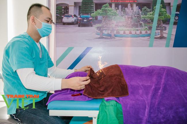 Bệnh nhân hài lòng và tin tưởng Bệnh viện y Dược cổ truyền trong khám chữa bệnh - Ảnh 2.