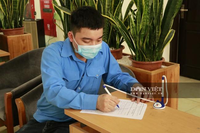 Yên Bái: Triển khai tiêm vắc xin Covid-19 cho cán bộ, nhân viên y tế tuyến đầu - Ảnh 2.