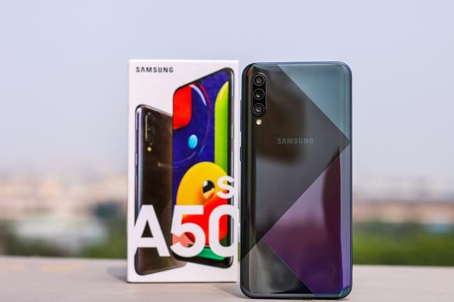 Nhân 30/4 - 1/5, hàng loạt siêu phẩm Samsung Galaxy giảm giá cực sâu - Ảnh 3.