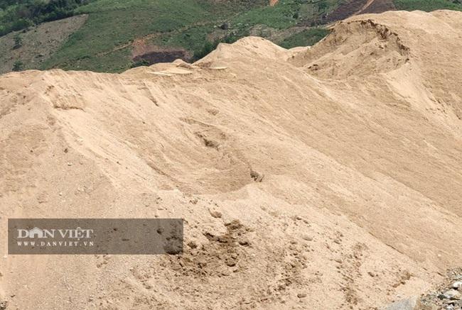 """Quảng Ngãi: Giá cát xây dựng nhảy vọt """"đội đỉnh"""" đến khó tin  - Ảnh 1."""
