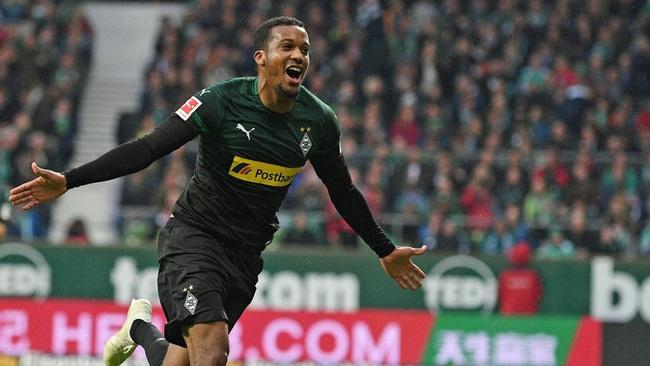 Tiền đạo đang nổi ở Bundesliga.