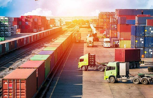 TT-Huế: Xây dựng trung tâm logistics tại các khu kinh tế, khu công nghiệp  - Ảnh 1.