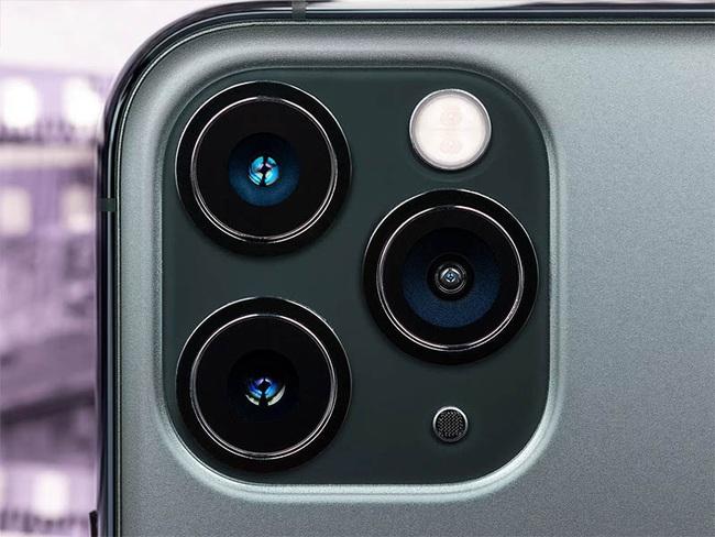 Camera iPhone 12 Pro Max và iPhone 11 Pro Max: Đắt chưa chắc đã tốt - Ảnh 1.