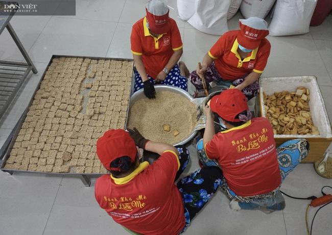 """Đà Nẵng: Độc đáo ngôi làng có di tích Chăm cổ, nổi tiếng với đặc sản bánh """"bảy lửa"""" - Ảnh 5."""