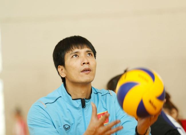 4 ứng viên thay HLV Li Huan Ning dẫn dắt ĐT bóng chuyền nam Việt Nam - Ảnh 5.