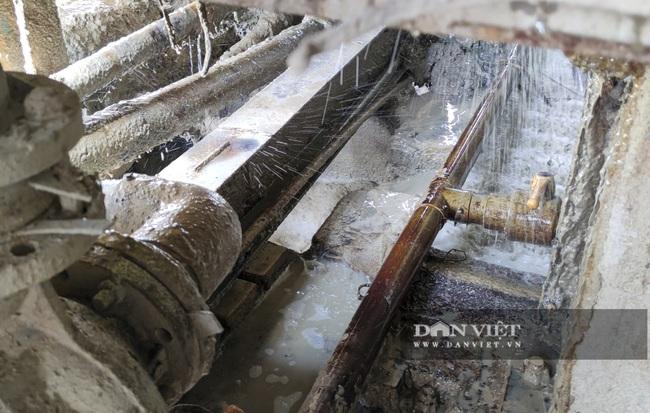 Kinh hãi bên trong nhà máy sản xuất giấy vừa bị đình chỉ ở Phong Khê - Ảnh 6.