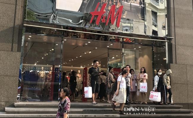 Người Việt chi hơn nghìn tỷ mua đồ H&M trước khi kêu gọi tẩy chay hãng này - Ảnh 1.