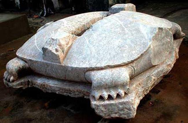 Rồng đá, rùa đá bị chặt đầu ở Việt Nam: Hé lộ những ân oán - Ảnh 2.