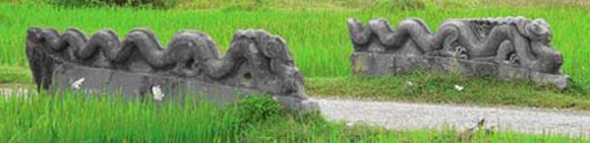 Rồng đá, rùa đá bị chặt đầu ở Việt Nam: Hé lộ những ân oán - Ảnh 1.