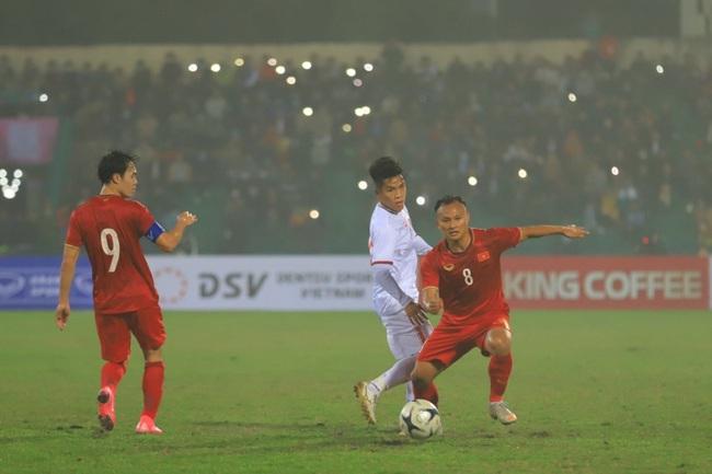 Trọng Hoàng có thể cùng tuyển Việt Nam sang UAE.
