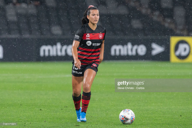 Nhan sắc của nữ cầu thủ Việt kiều được gọi lên tuyển Australia - Ảnh 2.