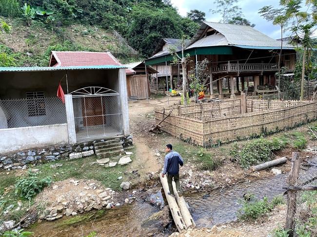 Ác mộng buôn bán bào thai ở Chăm Puông: Chị em từ bản vắng không thể biết đường ra nước ngoài bán bào thai được! - Ảnh 4.