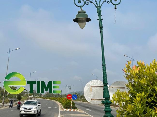 Quảng Ngãi: Sở GTVT lên tiếng vụ nham nhở, dặt dẹo điện chiếu sáng tuyến đường 729 tỷ?  - Ảnh 4.