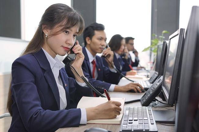 """SSI mất ngôi """"quán quân""""  môi giới thị trường chứng khoán, CEO Nguyễn Hồng Nam chia sẻ điều bất ngờ - Ảnh 1."""